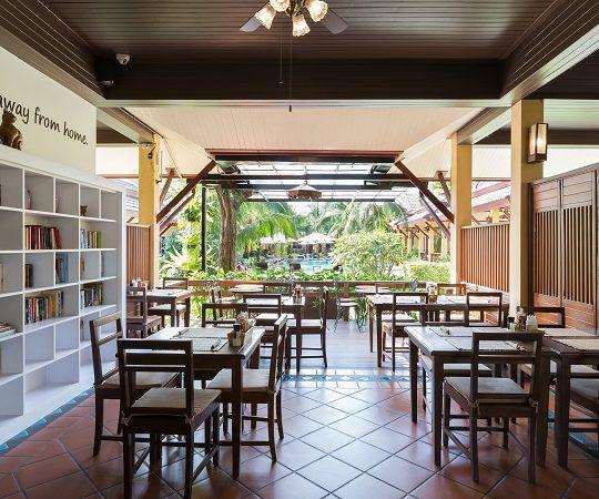 http://lepimanresort.com/wp-content/uploads/2016/03/4-ห้องอาหาร-lepiman-restaurant02w-540x450.jpg