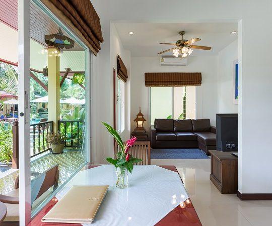 http://lepimanresort.com/wp-content/uploads/2016/03/6-Suite-Villa-lepiman-room1-03w-540x450.jpg