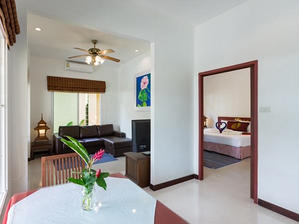 http://lepimanresort.com/wp-content/uploads/2016/03/6-Suite-Villa-lepiman-room1-04w-1.jpg