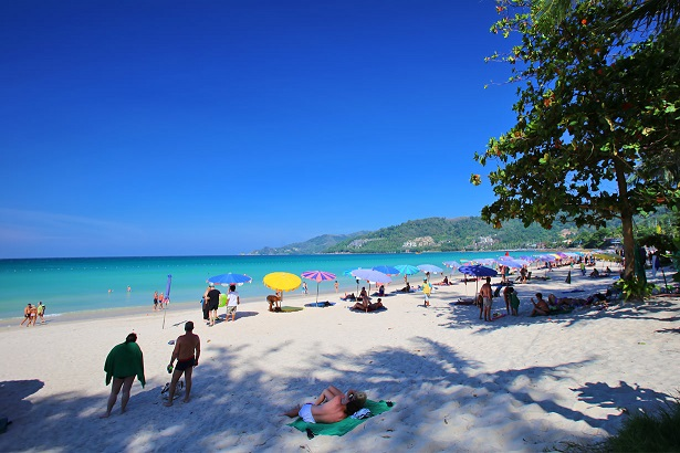 http://lepimanresort.com/wp-content/uploads/2016/11/patong-beach.jpg